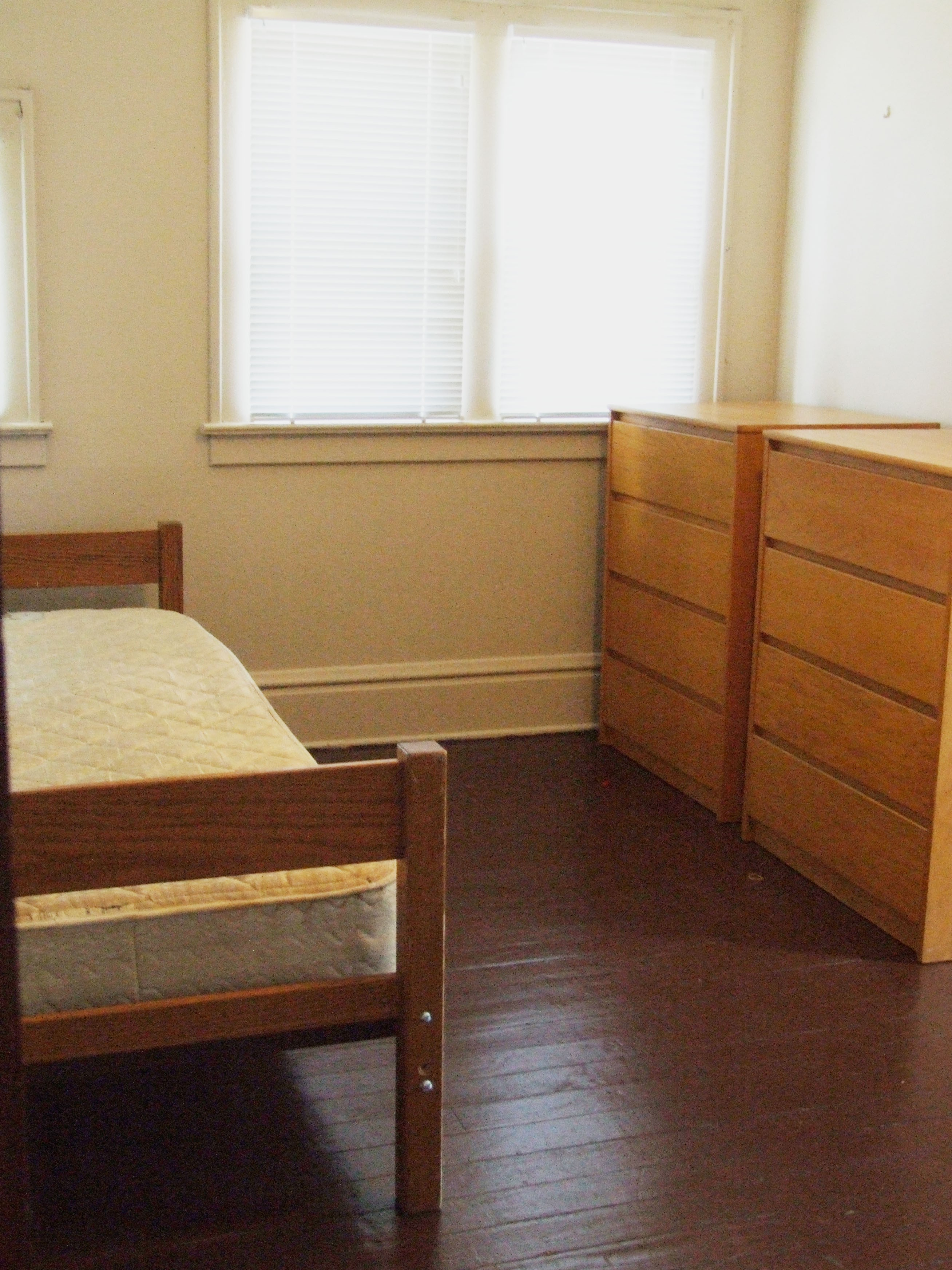 Renting Room In King Library