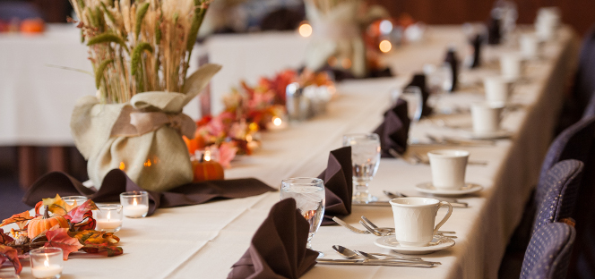 Photo of an elegant table setting for the Ashland University Catering & Conferences department