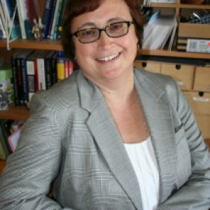 Photo of Dr. Klinger.