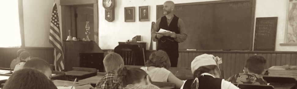 Dr. Ellis teaching at the Anderson School.