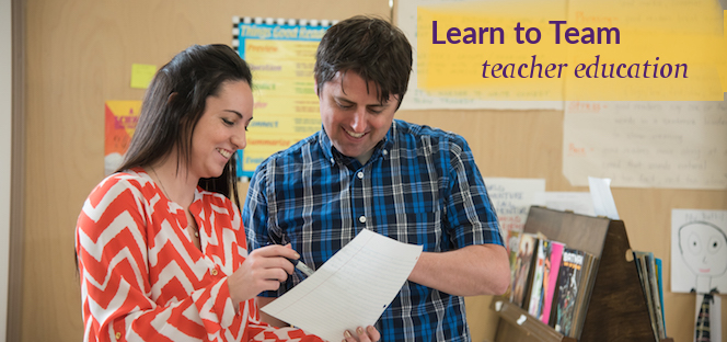 Image of an intern and cooperating teacher teaming.